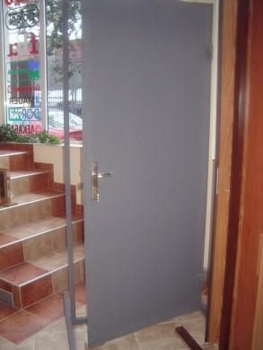 Метална врата Модел 5 - оферта при запитване