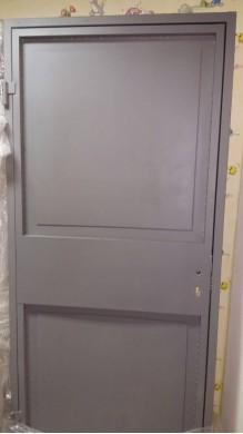 Метална врата Модел 3 - оферта при запитване