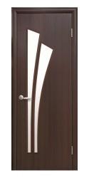 Интериорна врата Модел Лилия Кестен - остъклена. Моделът включва: крило, каса, 2 комплекта раздвижни первази, брава, 3 бр. панти тип
