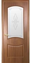 Интериорна врата Модел Дона Златна Елха - остъклена. Моделът включва: крило, каса, 2 комплекта раздвижни первази, 3бр. лагерни панти, брава, дръжки, уплътнения, остъклена горна табла с орнаментно кристално стъкло