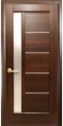 Интериорна врата Модел Грета Кестен. Моделът включва: крило, каса, 2 комплекта раздвижни первази, 3бр. лагерни панти, брава, дръжки, уплътнения, ефектно 3D-остъкляване
